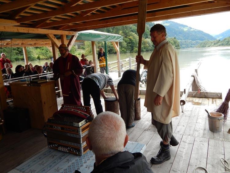 Ogled splavarjenja po reki Dravi