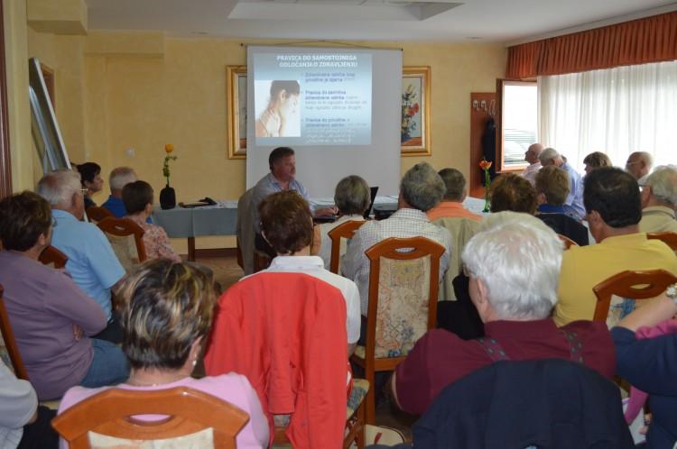 Preprečevanje in blaženje socialne ter psihične posledice invalidnosti, skupina pomlad 2013